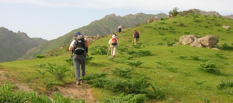 les montagnes Nuratau, Ouzbékistanes-Nuratau,-Ouzbékistan